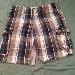 Plaid Cargo Shorts Size 38